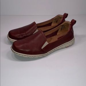 BORN - Women's 7 Slip-Ons Leather